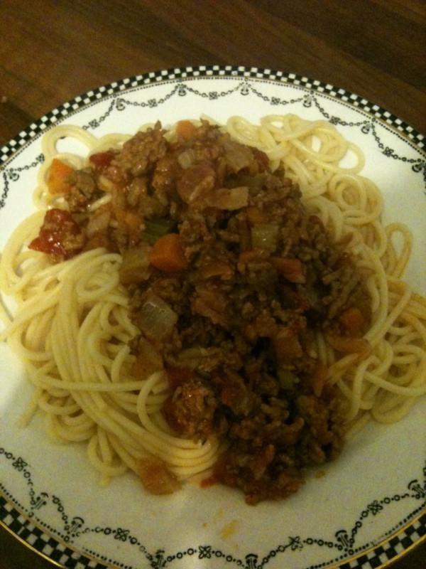 bolognese bolonez easy spaghetti bolognese spaghetti bolognese ...